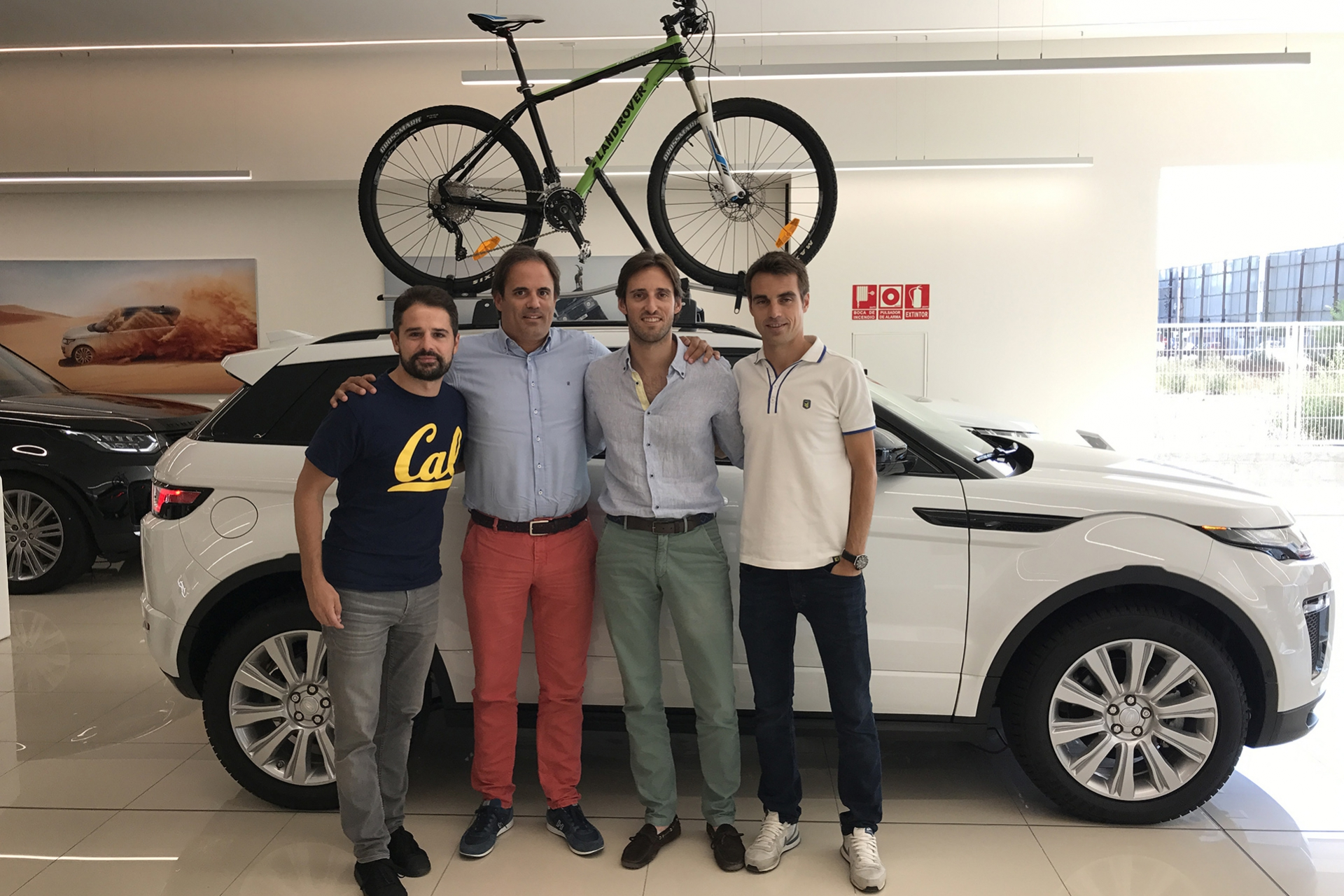 Donnay Jaguar Land Rover, vehicle oficial de GAES Catalunya Bike Race presented by Shimano